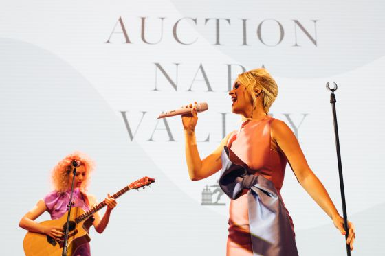 Wondrous Wines and a Sprinkling of Star Power Enchant Guests at 39th Auction Napa Valley